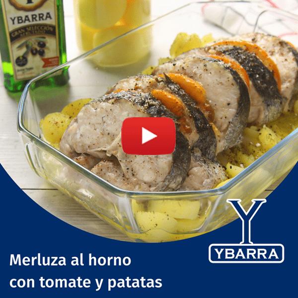 Merluza al horno con tomate y patatas
